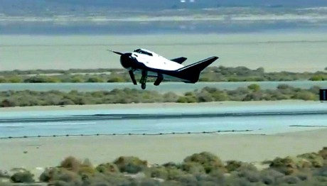 L'avion spatial Dream Chaser réalisera son vol d'essai fin 2016